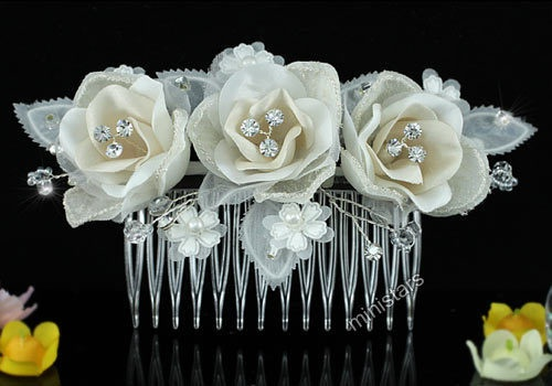 Bridal Wedding Ivory Fabric 3D Rose Crystal Handmade Hair Comb T1485