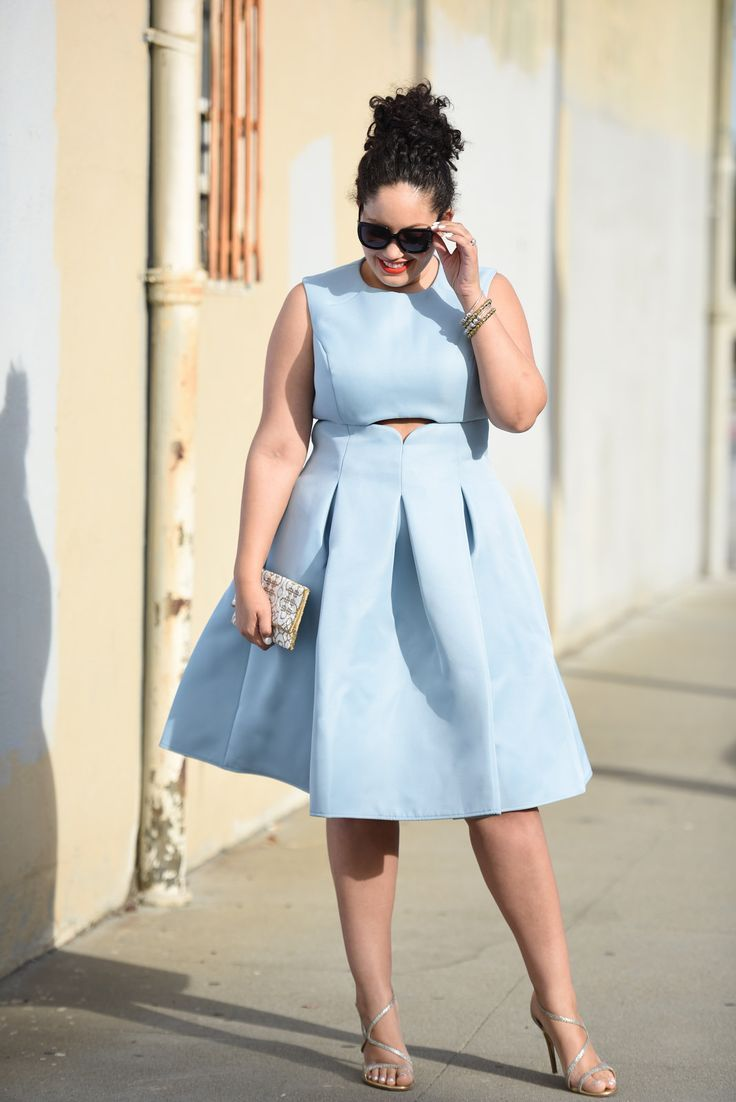 Plus Size Fashion - Girl with Curves - Cut Out Dress. For more inbetweenie and plus size style ideas go to www.dressingup.co.nz