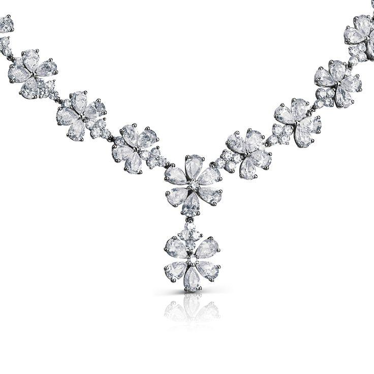 Le Jardin des Tuileries Gargantilla en oro blanco 18K con gotas de diamantes blancos.