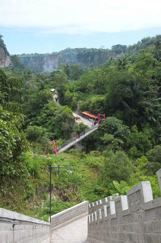 Bukittinggi, Bukittinggi, Sumatra, Indonesia #bukittinggi #sumatra #indonesia