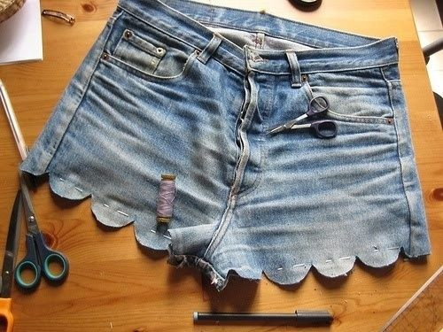 Scallop the hem. | A Comprehensive Guide To Making The Cutoffs Of YourDreams