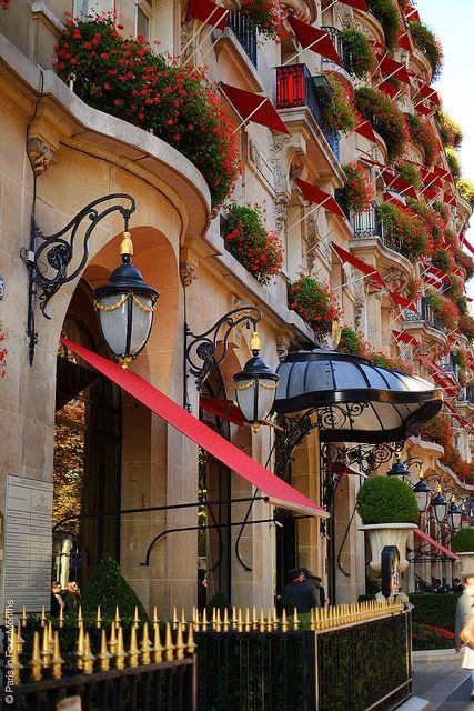 Hôtel Plazza Athénée, 25 avenue Montaigne, Paris VIII