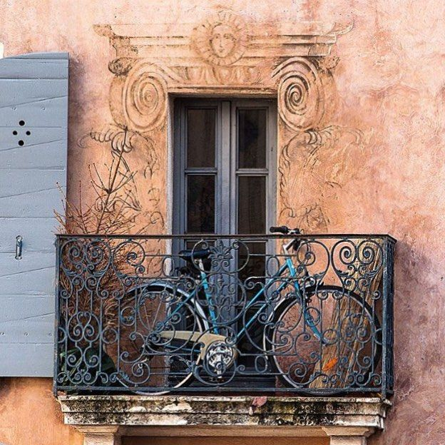 Photo: @laurence.ddstudio  Location: Sete Langeudoc-Rousillon - France  Selected: @wania_peixoto  On May 14 2016  #TheBest_laurence.ddstudio .  #TheBest_windowsdoors .  #windows_aroundtheworld  #windowsaroundtheworld  #d_aroundtheworld . The photo of authorship and of the follower responsibility! . A autoria da foto é de responsabilidade do seguidor!   by thebest_windowsdoors