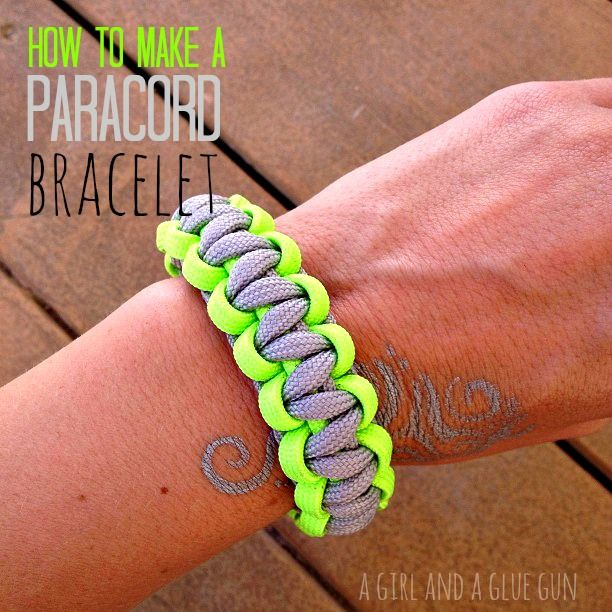 how to make paracord bracelets - A girl and a glue gun