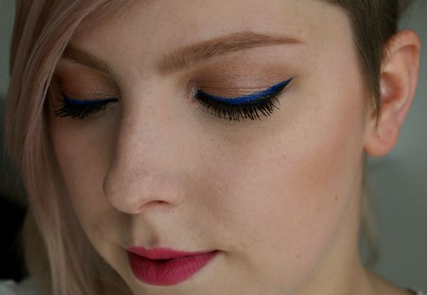 Dnešní Makeup: Stripe Me Blue