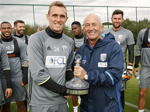 Surprise for Tony Pulis ahead of Stoke training