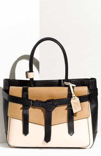 Such a lovely satchel!
