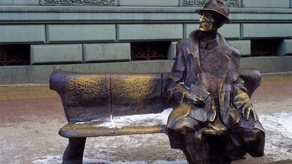 Julian Tuwim sculpture in Lodz, Poland #lodz