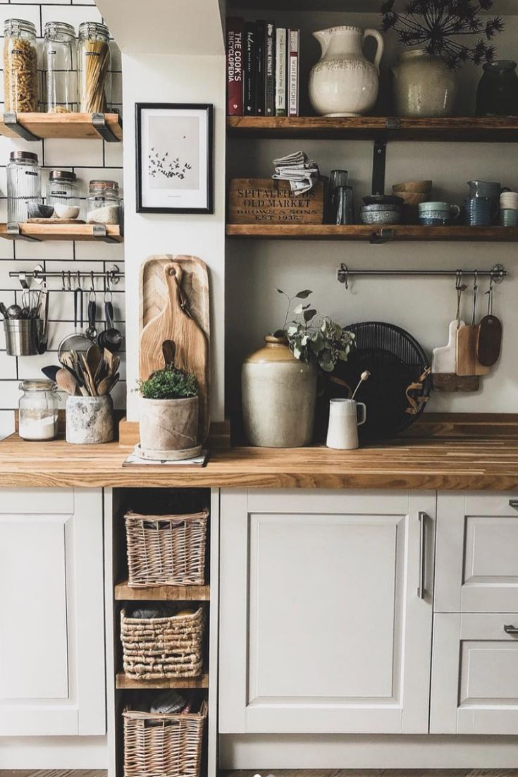 20 Inexpensive Kitchen Design Ideas On A Budget To Try Informations About 20 Inexpensi 2020 Rustic Modern Kitchen Country Kitchen Wall Decor Home Decor Kitchen