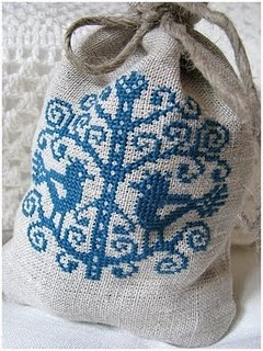 Just love French Embroidery - Isetegija made this - pattern by Cargaud La Brico