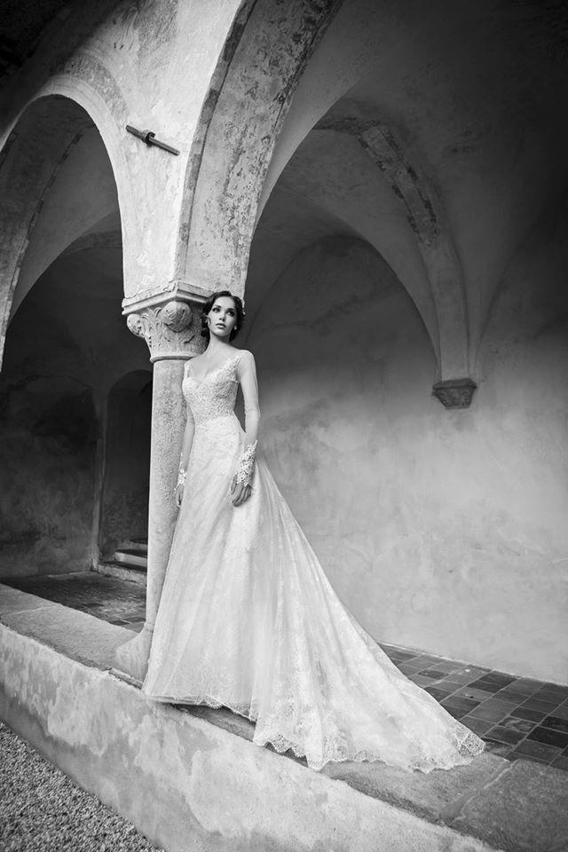 SHEILA dress from Alessandra Rinaudo 2015 collection. #nicolespose #weddingdress #bridal