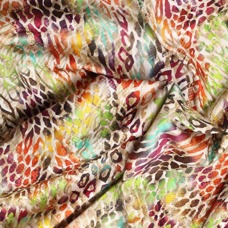 beige stretch satijn katoen met multicolor animal dessin italiaans import