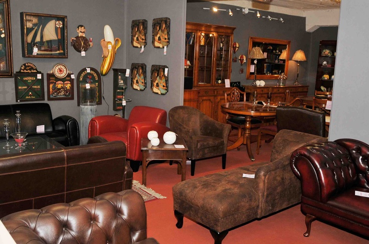 Canap s club et sofas chesterfield en cuir de vachette for Salon cuir anglais