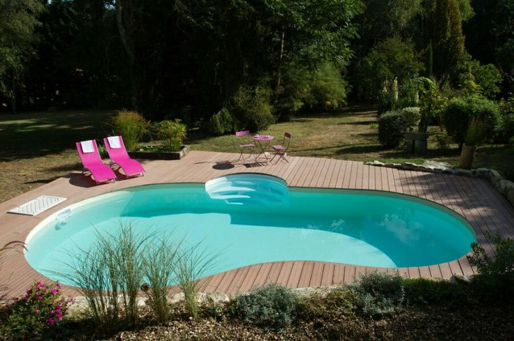 43 best images about piscines on pinterest decks for Piscine haricot