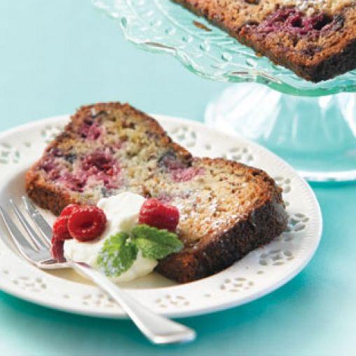 Banana and raspberry loaf cake