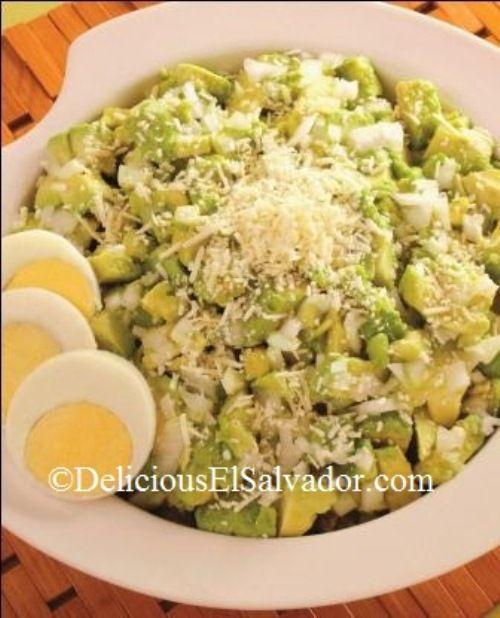 Traditional Salvadoran Guacamole! Recipe from my cookbook Delicious El Salvador https://deliciouselsalvador.com/