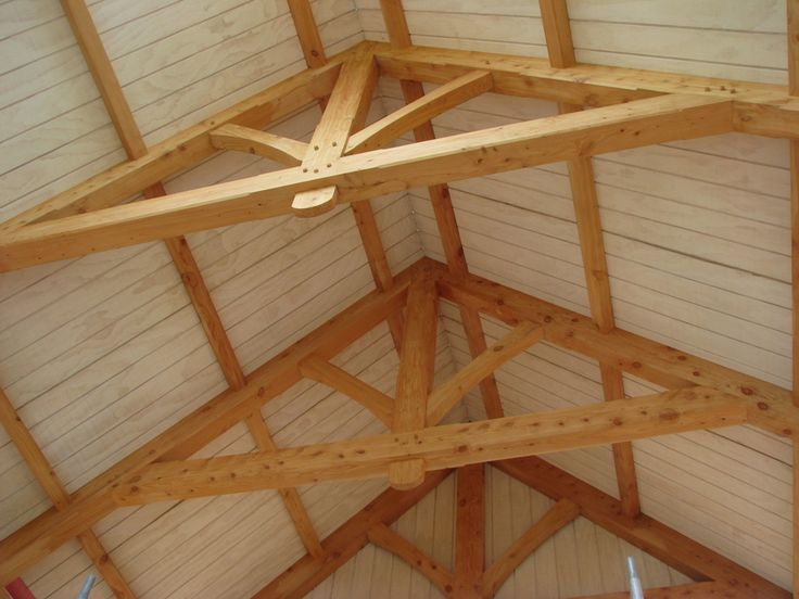 how to build a barn with wood beams