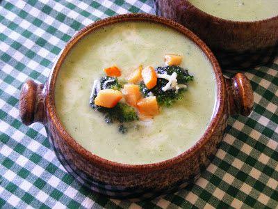 Makacska konyhája: Füstöltsajtos brokkoli krémleves
