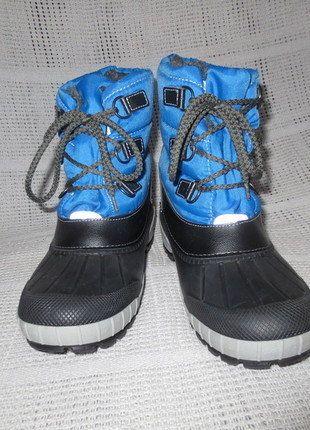 Kaufe meinen Artikel bei #Mamikreisel http://www.mamikreisel.de/kleidung-fur-jungs/hohe-stiefel/33716011-warme-schnee-stiefel-gr-35-36