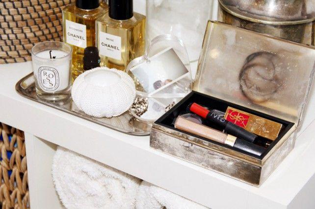 Vanity tray.