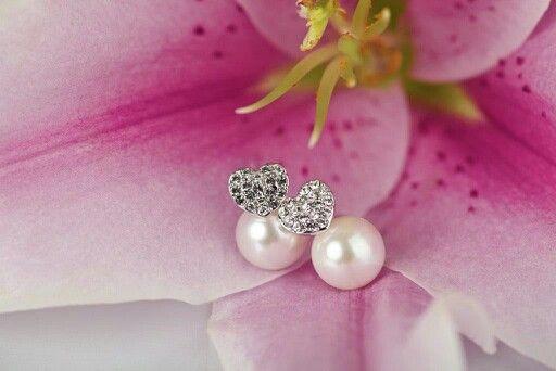 Kolczyki z kolekcji Powiedz TAK... Dostępne na stronie www.bydziubeka.pl #bydziubeka #jewelry #sayyes #earrings