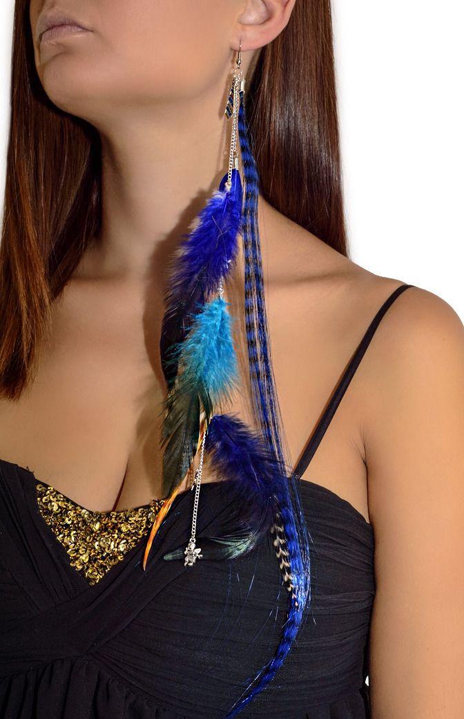 Longue boucle d'oreille pendante en plumes bleues - Boucle d'oreille solo : Boucles d'oreille par les-bijoux-de-petiteauguai