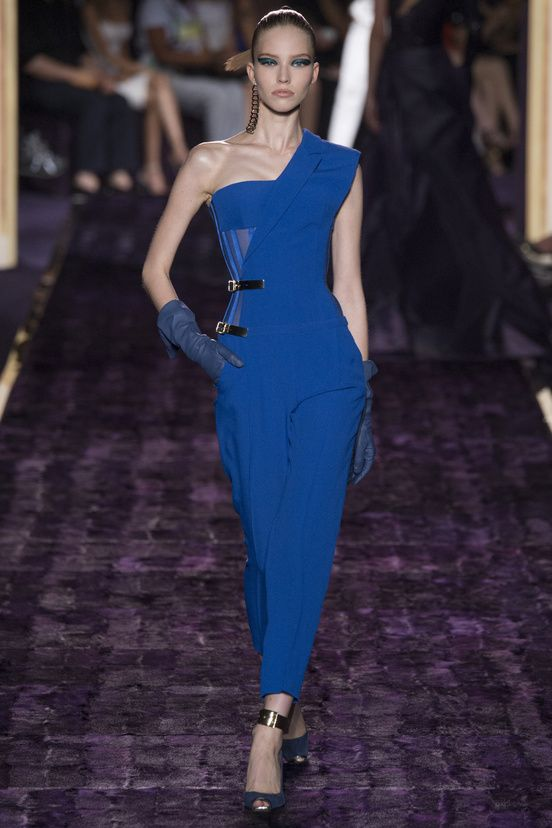 Atelier Versace Fall Winter 2014-2015 Love the color and tailoring of this jumpsuit