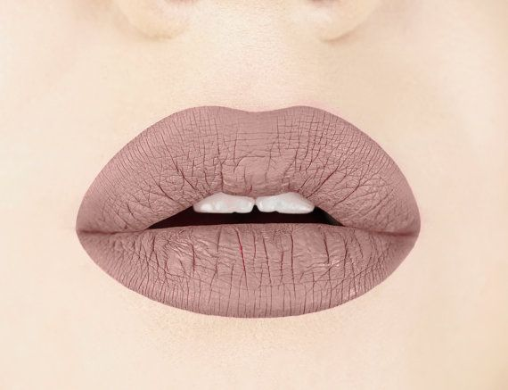 Aromi Liquid lipstick goes on like a lip gloss and dries to matte finish about one minute after application. Desert taupe is a greige nude lip color. For a