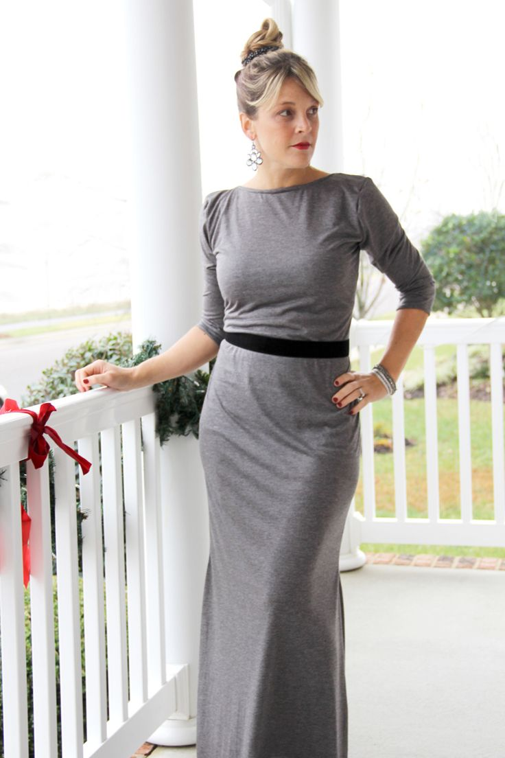 Knit Maxi Dress DIY  ||  A gwen dress pattern alteration