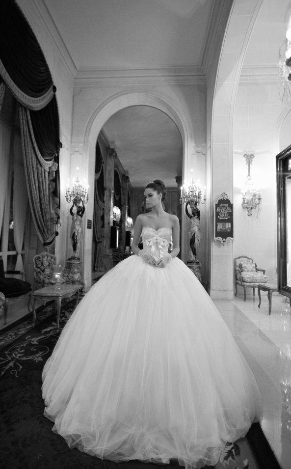 Inbal Dror Wedding Gown #weddinggown #dress #wedding #weddingdream123