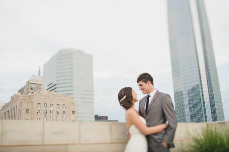 Oklahoma City Museum of Art | Downtown OKC | Rooftop Wedding | Rooftop Photo Session | Photo Credit: Anna Lee Media