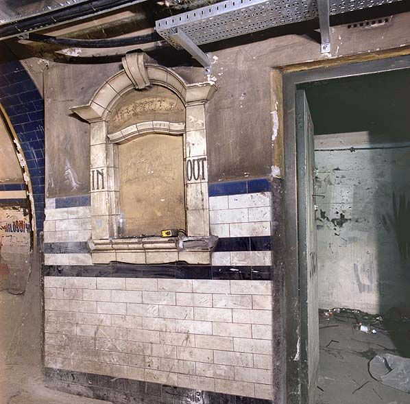 Euston Underground Station (Northern Line): Disused tunnels and subways