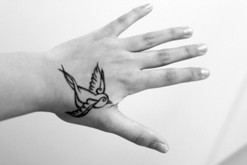 17 best ideas about sparrow tattoo design on pinterest for Swallow hand tattoo