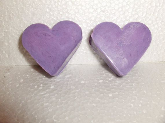 50 French Lavender scented Love Heart soaps. by MangoMoonNaturals