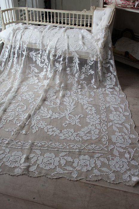 「フランスアンティーク リネンフィレレースベッドスプレッド」ココン・フワット Coconfouato [アンティーク照明&アンティーク家具] アンティーククロス アンティークファブリック アンティークテキスタイル ファブリック レース --cloth--