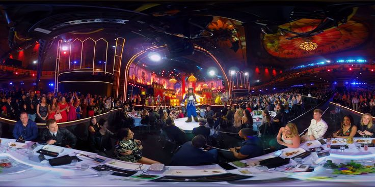 Get a 360° view of Adam Devine's Beauty and the Beast opening at the MTV Movie & TV Awards.