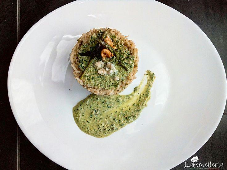 Risotto agli Asparagi selvatici con Noci e Gorgonzola