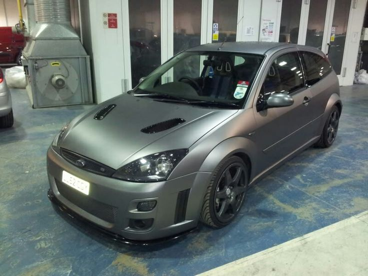 ford focus rs mk1 wrapped grey coches ford focus wagon. Black Bedroom Furniture Sets. Home Design Ideas