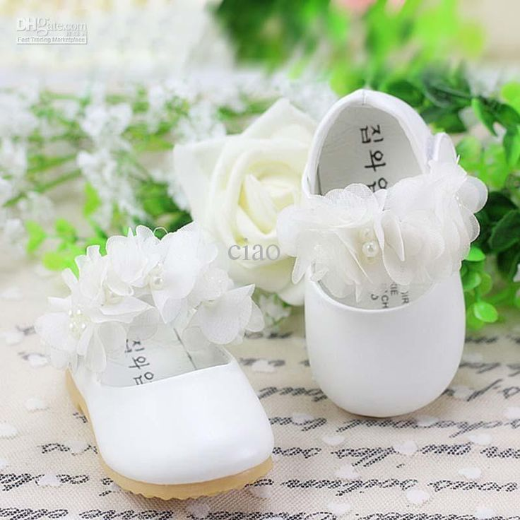 Fashion Princess Shoes With Pearl Lace Flower Toddler Footwear First Walking Shoes Girls Dress Shoes Baby First Walker Shoes Casual Shoes From Ciao, $44.85   Dhgate.Com
