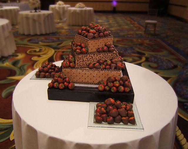 Best 25+ Chocolate Grooms Cake Ideas On Pinterest