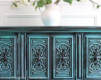 VENDIDO - pintado a mano Vintage país francés diseño Cottage Chic apenado desgastada turquesa / aguamarina aparador consola mueble