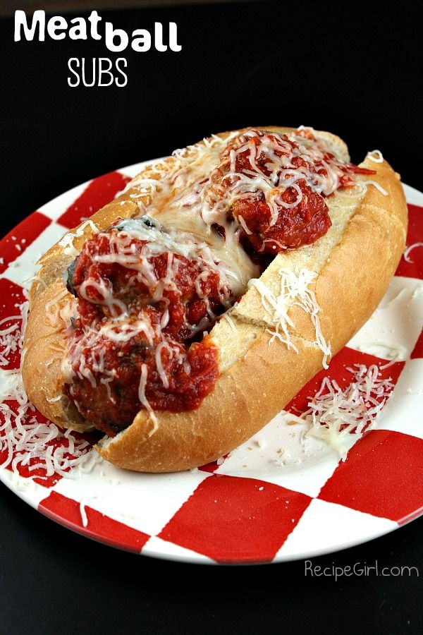 http://recipeforme.com/uncategorized/homemade-meatballs-and-the-pioneer-woman-cookbook/  Use them to top spaghetti or to stuff inside rolls for meatball sub sandwiches!  Ingredients:  3/4 pound ground beef  3/4 pound ground pork  3 cloves garlic, minced  3/4 cup breadcrumbs  2 large eggs  3/4 cup freshly grated Parmesan cheese  1/4 cup finely chopped parsley  1/4 teaspoon salt  freshly ground black pepper  splash of milk