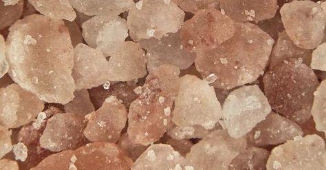 Les bienfaits du sel rose de l'Himalaya http://www.sante-nutrition.org/les-bienfaits-incroyables-du-sel-rose-lhimalaya/: