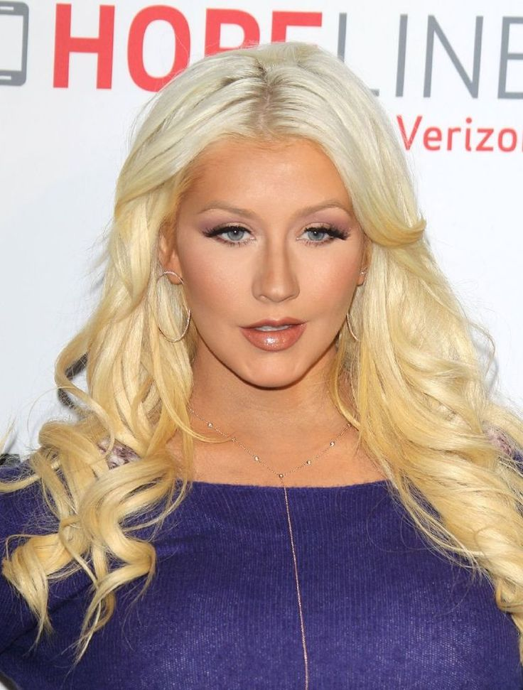 Christina Aguilera – Domestic Violence Awareness Event : Global Celebrtities (F) FunFunky.com