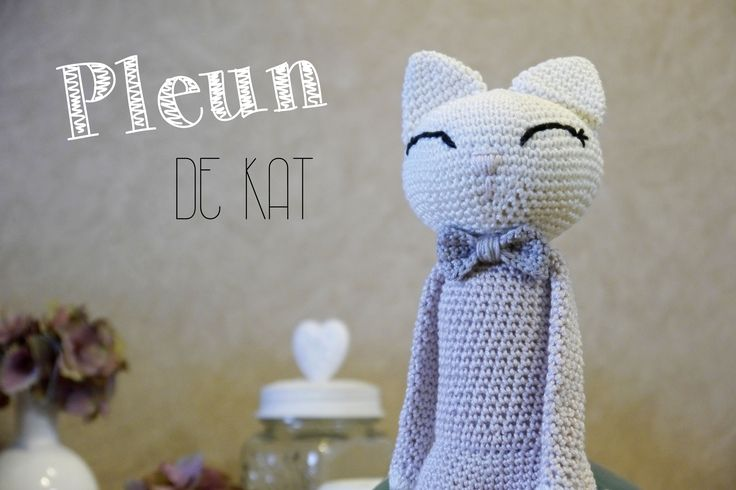 Crochet cat - Lyfs by Audrey