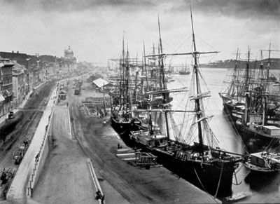 circa 1875-78, albumen print showing Montréal. ( a place where many Icelandic immigrants landed during this time)