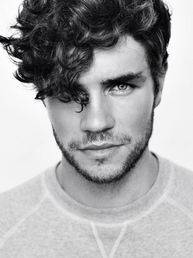 Curly hair guy | Piercing eyes | Bearded guy | Character inspiration