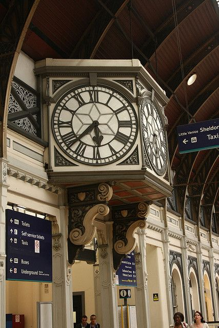 LONDON........ PADDINGTON STATION - Dual Faced Victorian Station Clock.