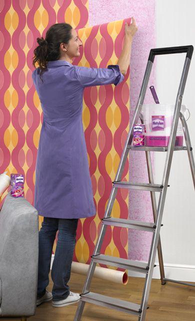 tapezieren z hlt zu den h ufigsten heimwerker arbeiten wir haben die tipps tricks farben. Black Bedroom Furniture Sets. Home Design Ideas