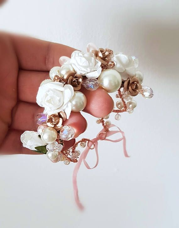 Check out this item in my Etsy shop https://www.etsy.com/listing/524807923/rose-gold-floral-bracelet-wedding